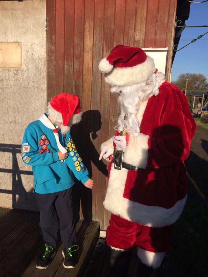 Santa arrives in Cobham